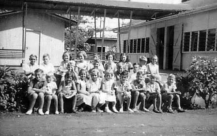 Back row;  far left, Eric Judd; third left, Carol Wright; sixth left, Robyn Broadhurst; seventh left, Cynthia Schmidt.  Front row;  far left, Bede Wright; third left, Sandra ???; fourth left, Geraldine Chapman; fifth left, Sue Donald.